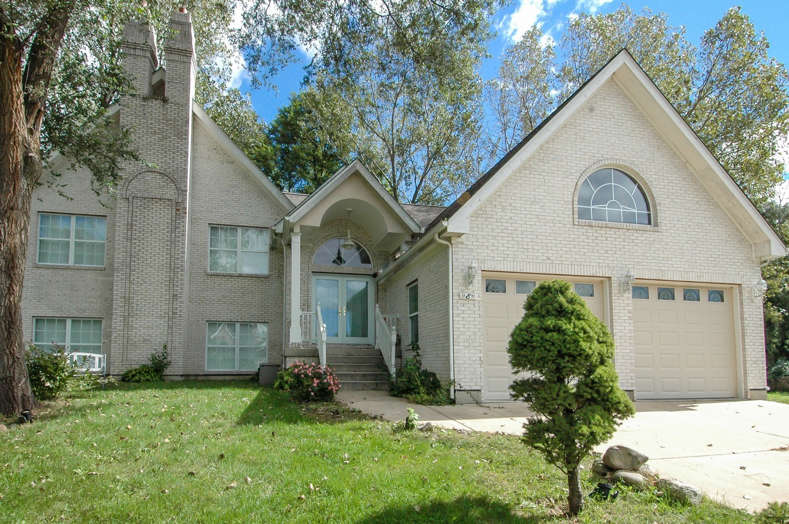 Real Estate Photography - 11811 Halma, Woodstock, IL, 60098 - Front View
