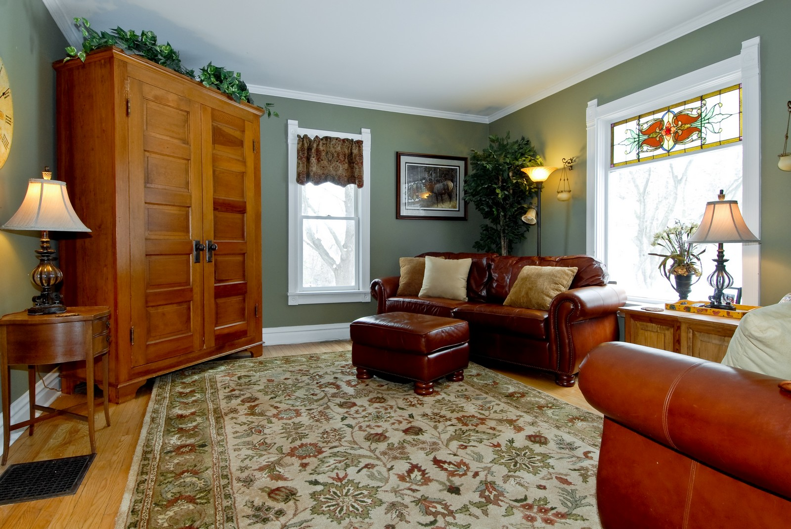 Real Estate Photography - 5N126 Crane, St Charles, IL, 60175 - Living Room