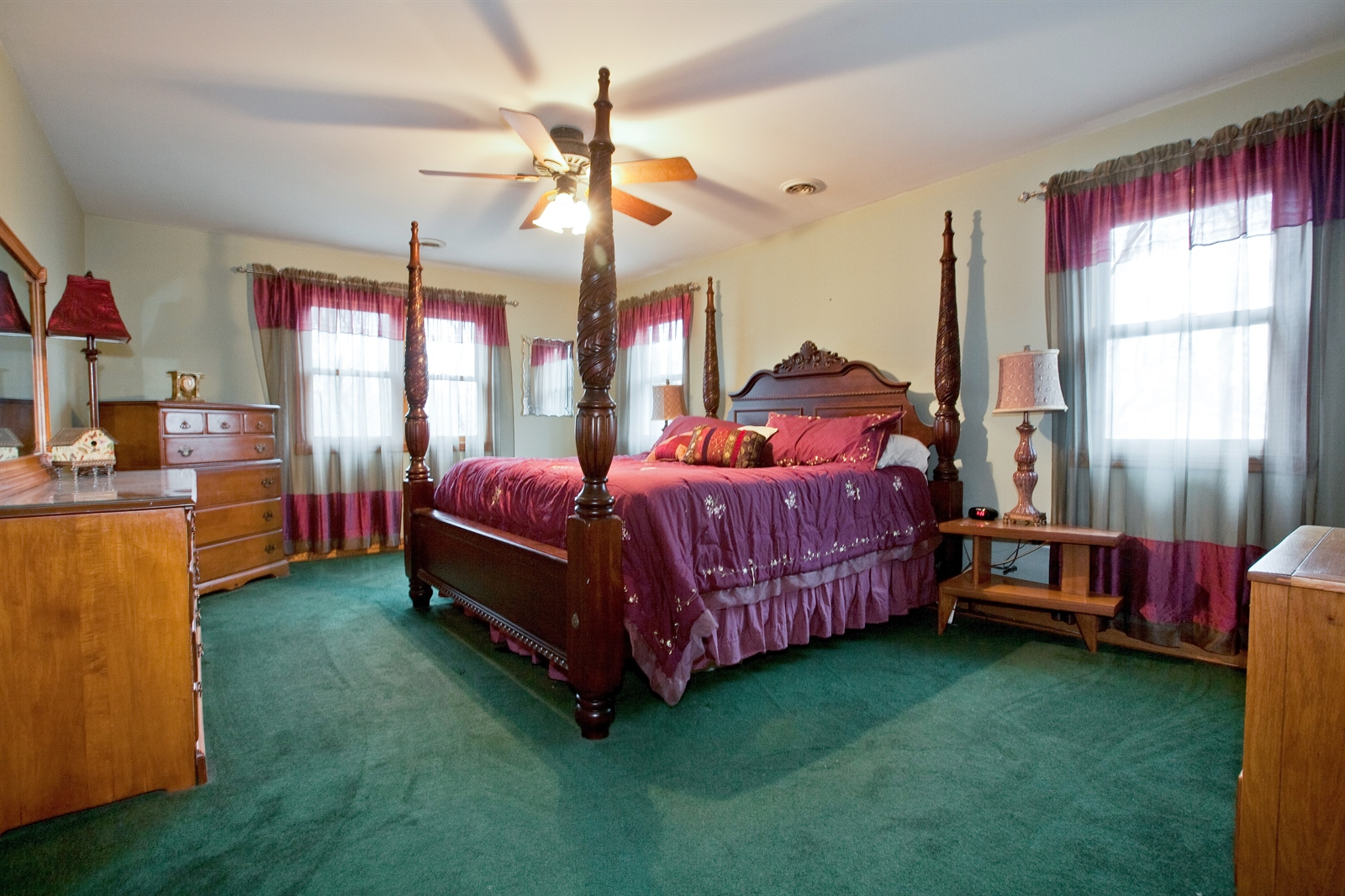 Real Estate Photography - 4838 Drendel, Downers Grove, IL, 60515 - Master Bedroom
