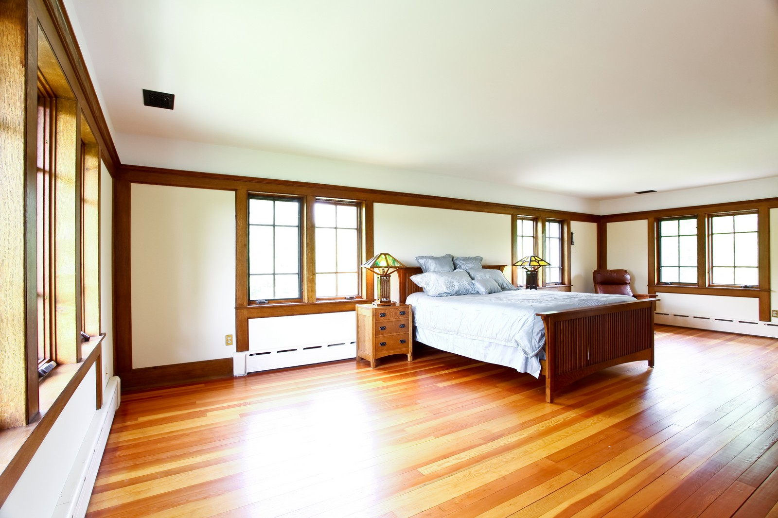 Real Estate Photography - 28W351 Geneva Rd, West Chicago, IL, 60185 - Master Bedroom