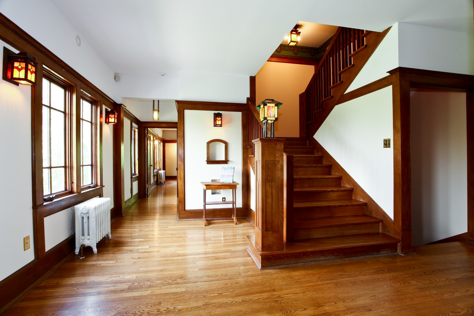 Real Estate Photography - 28W351 Geneva Rd, West Chicago, IL, 60185 - Foyer