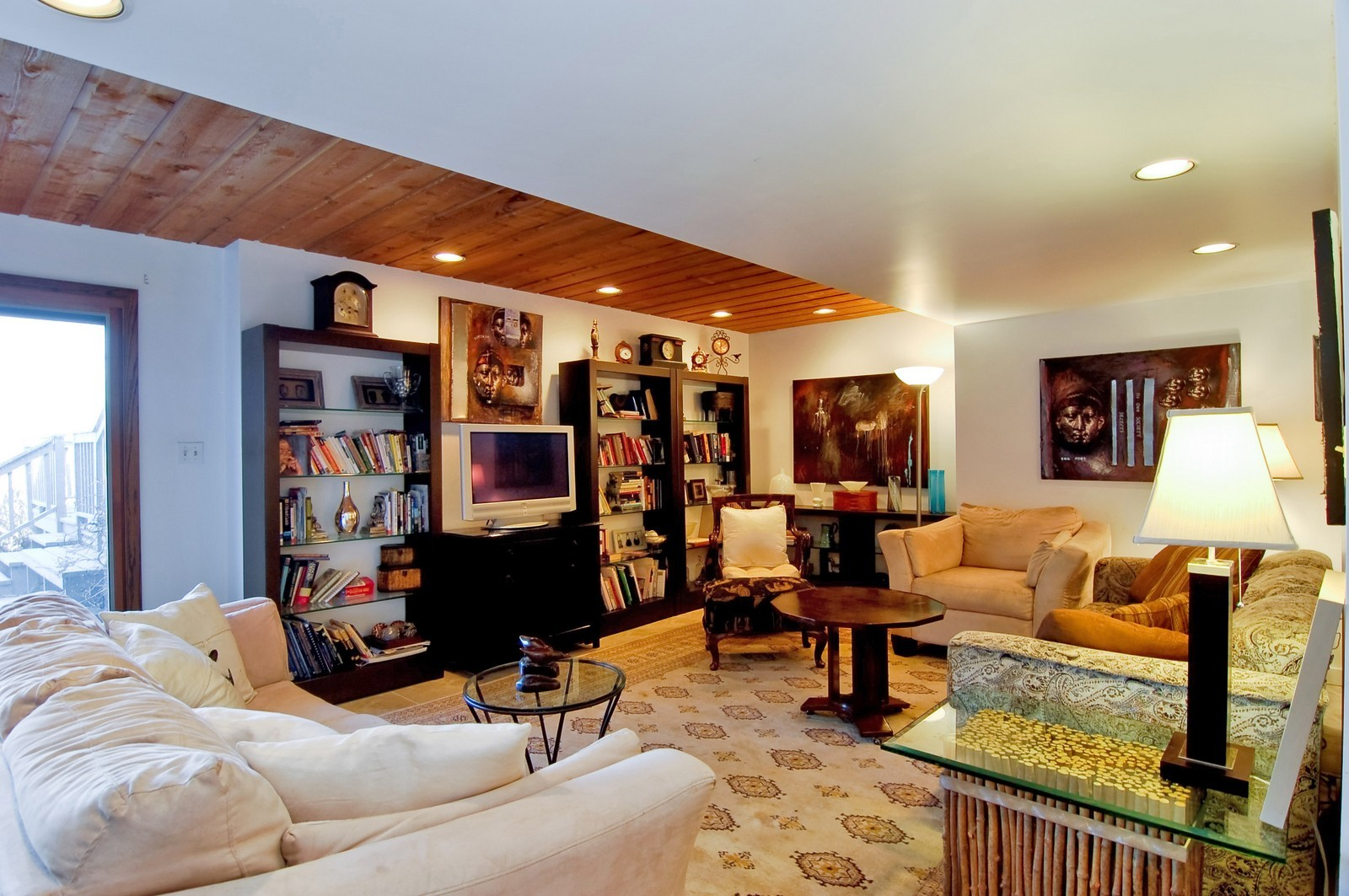 Real Estate Photography - 1S621 Bender, West Chicago, IL, 60185 - Family Room
