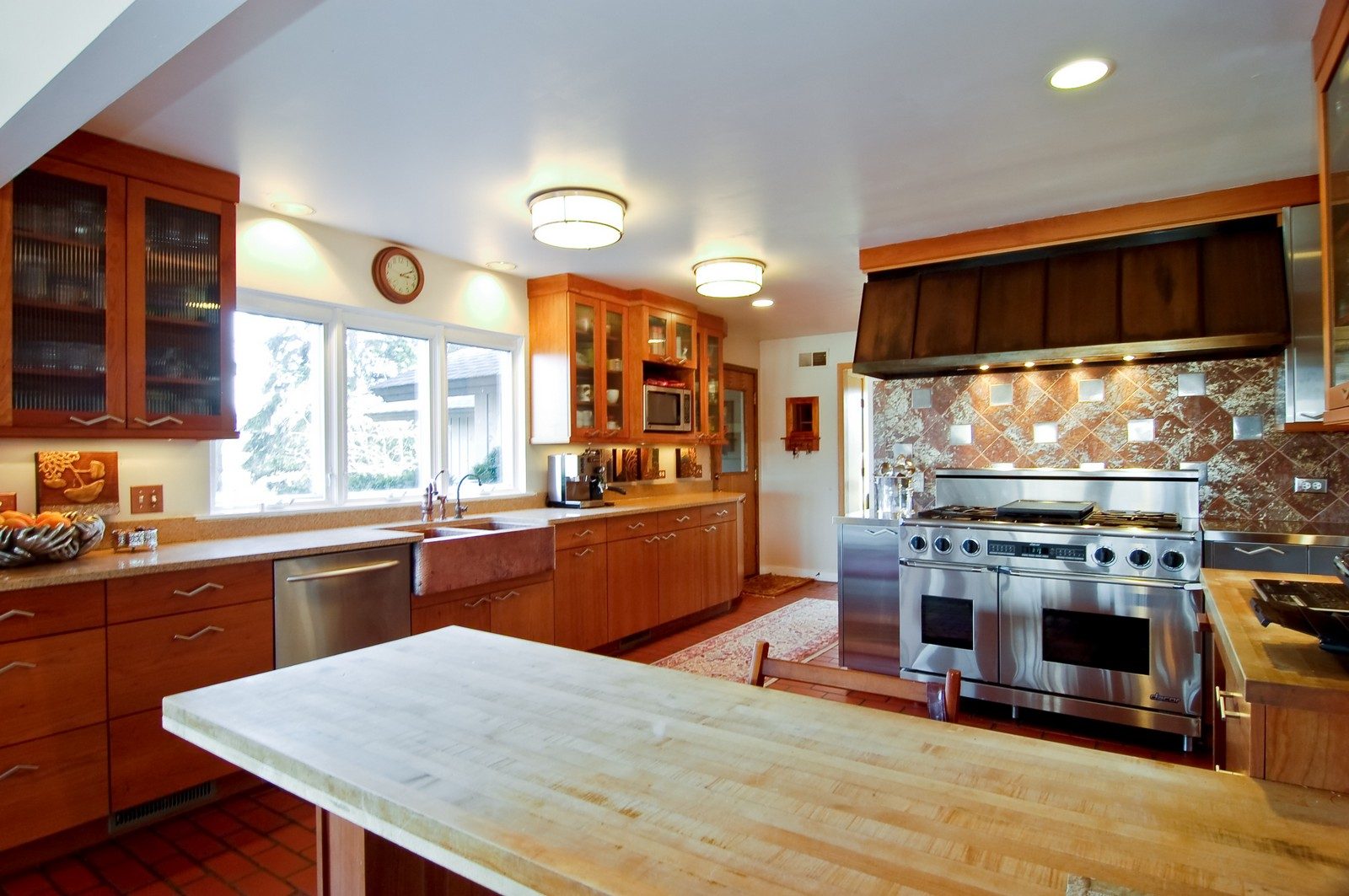 Real Estate Photography - 1S621 Bender, West Chicago, IL, 60185 - Kitchen