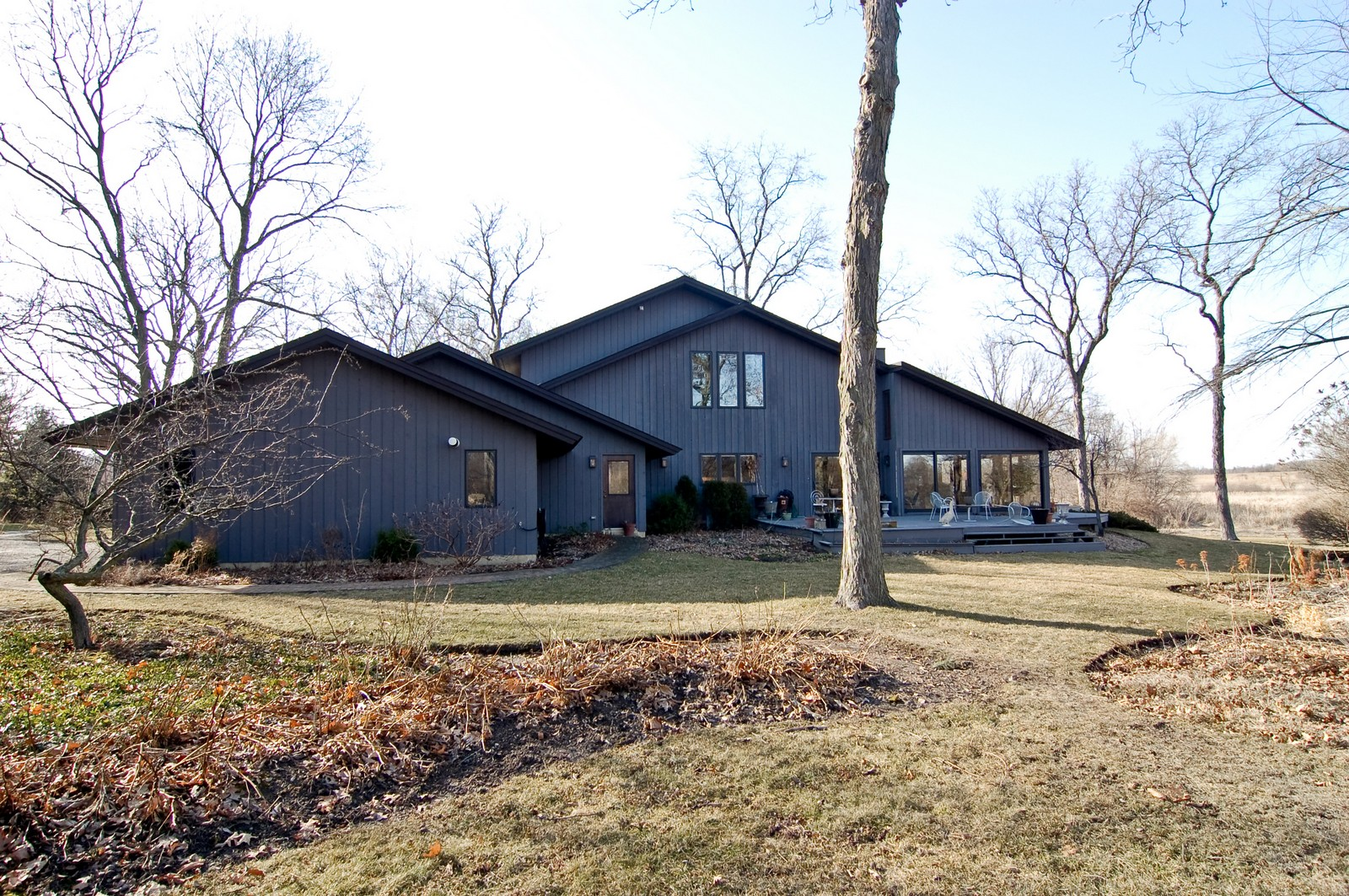 Real Estate Photography - 1S621 Bender, West Chicago, IL, 60185 - Front View