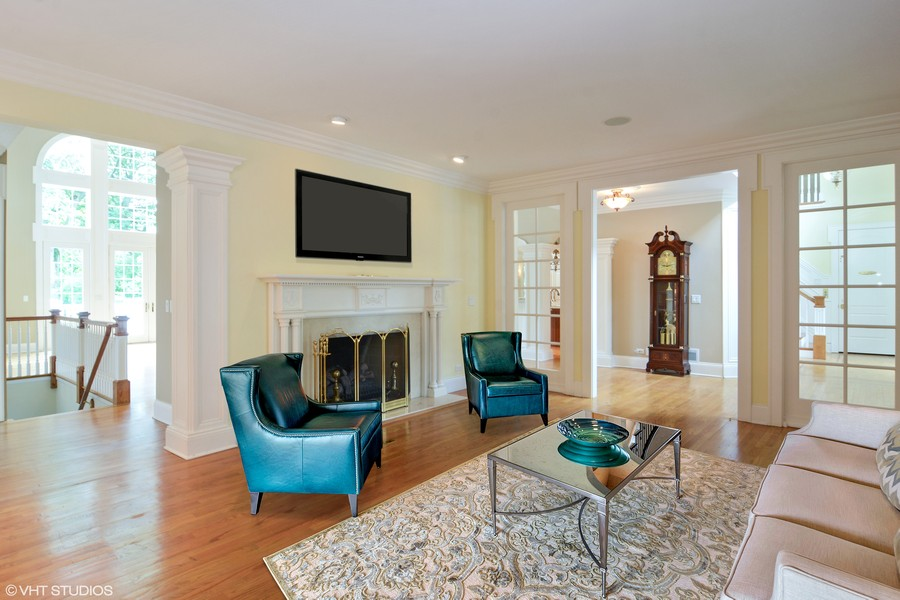 Real Estate Photography - 1885 Durham Drive, Inverness, IL, 60067 - Living Room