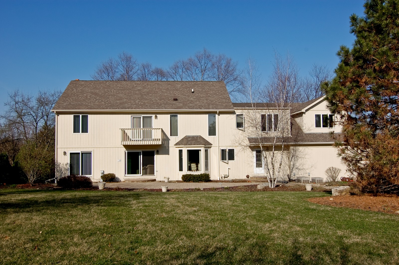 Real Estate Photography - 4302 Fox Creek, Crystal Lake, IL, 60012 - Rear View
