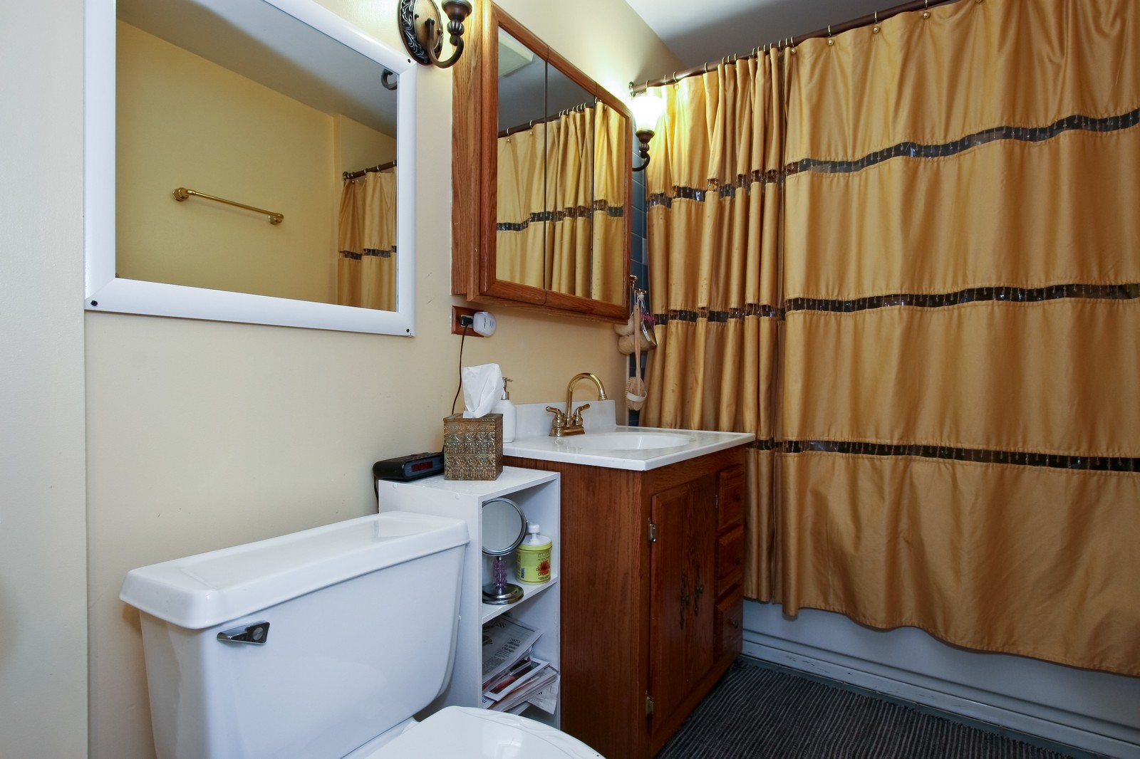 Real Estate Photography - 4949 Vincennes Ave, Chicago, IL, 60615 - 3rd Bathroom