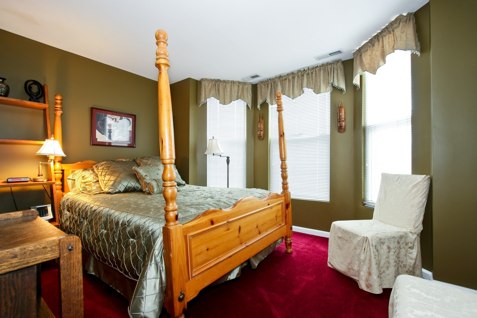 Real Estate Photography - 4949 Vincennes Ave, Chicago, IL, 60615 - Bedroom