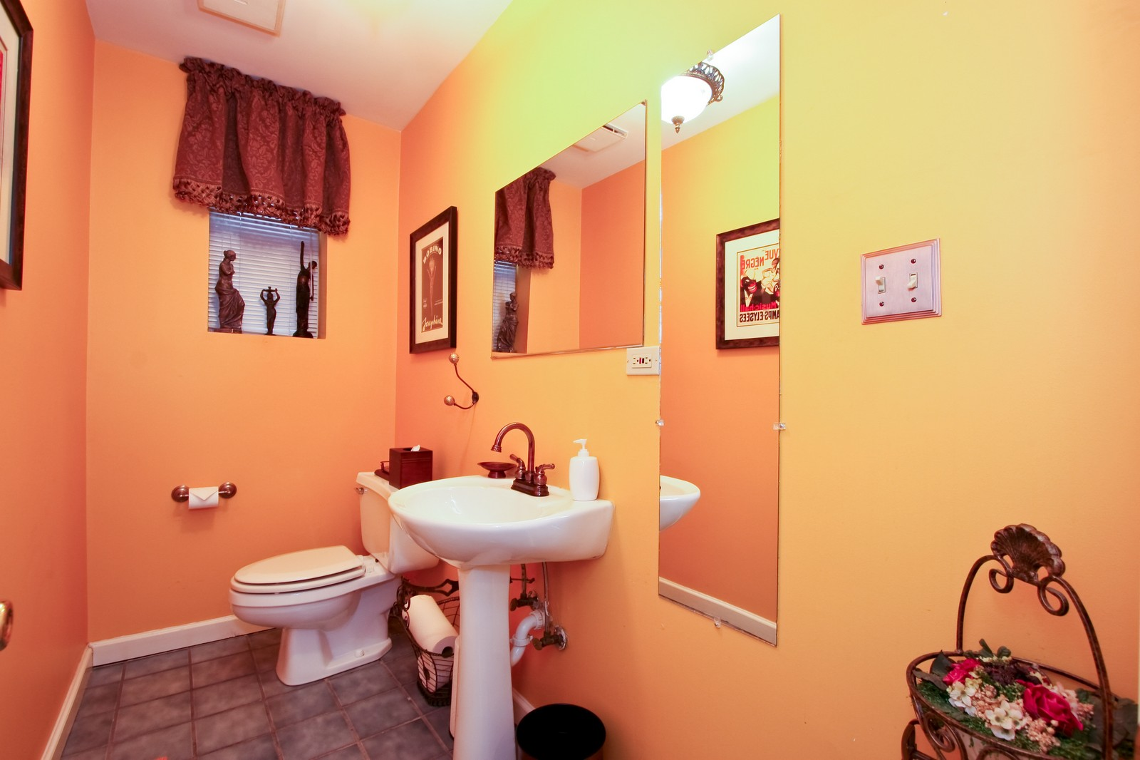 Real Estate Photography - 4949 Vincennes Ave, Chicago, IL, 60615 - Half Bath