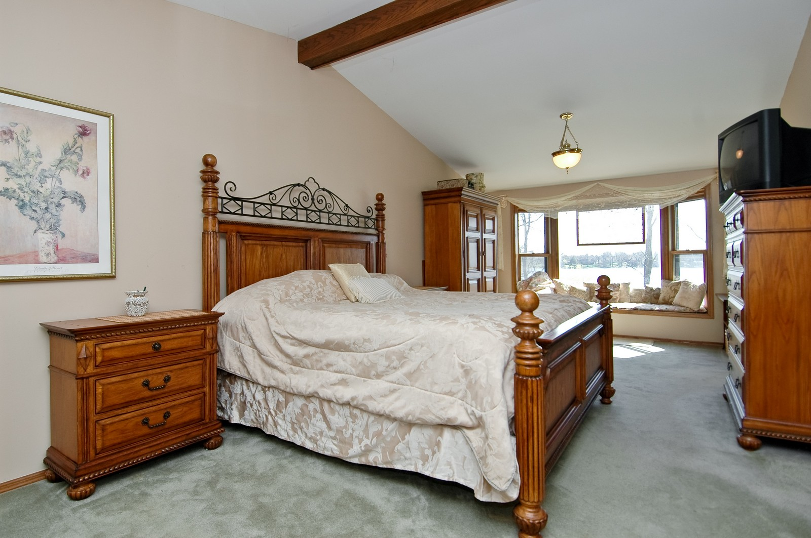 Real Estate Photography - 6106 S Kilkenny, Crystal Lake, IL, 60014 - Master Bedroom