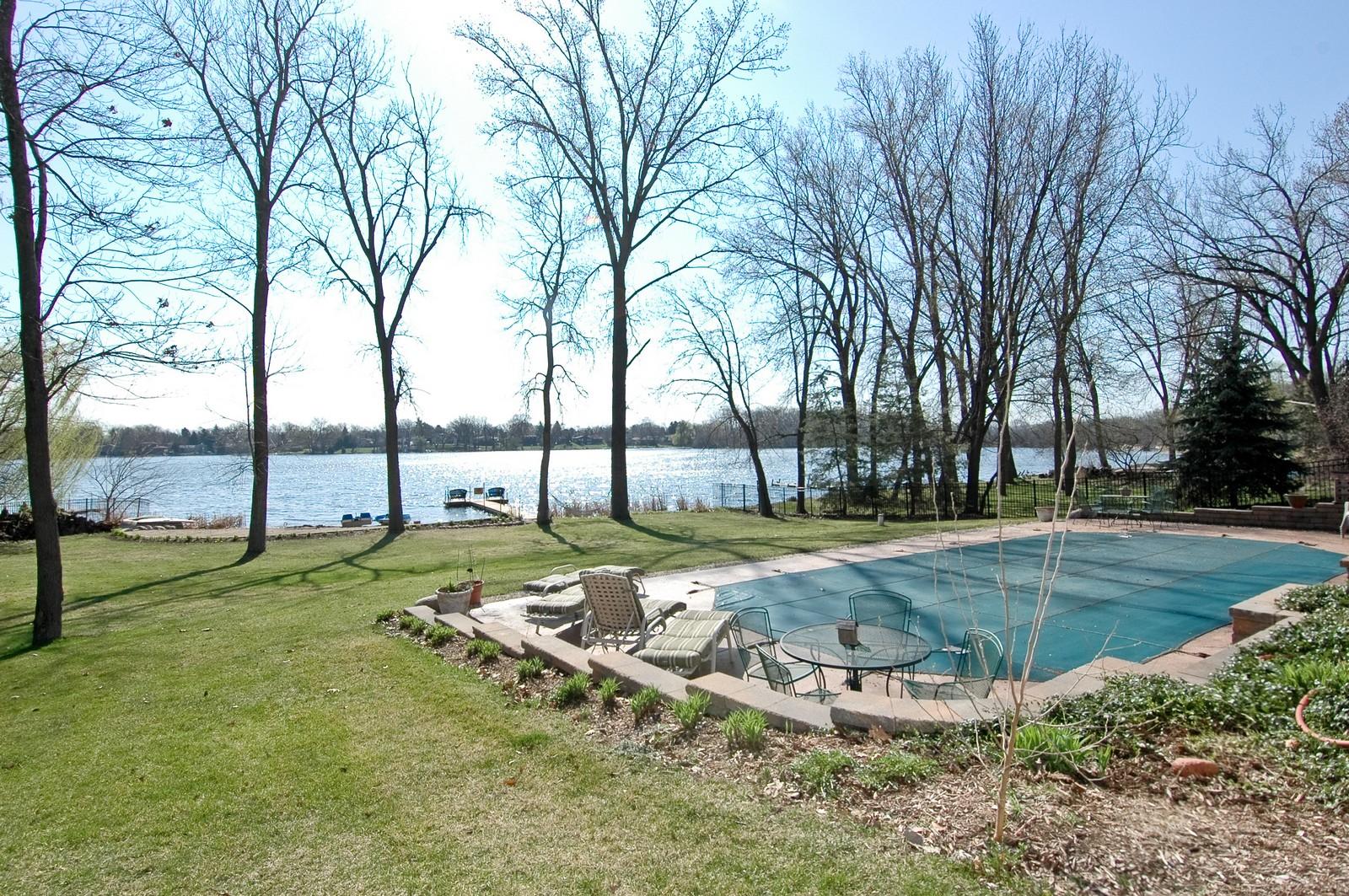 Real Estate Photography - 6106 S Kilkenny, Crystal Lake, IL, 60014 - Back Yard