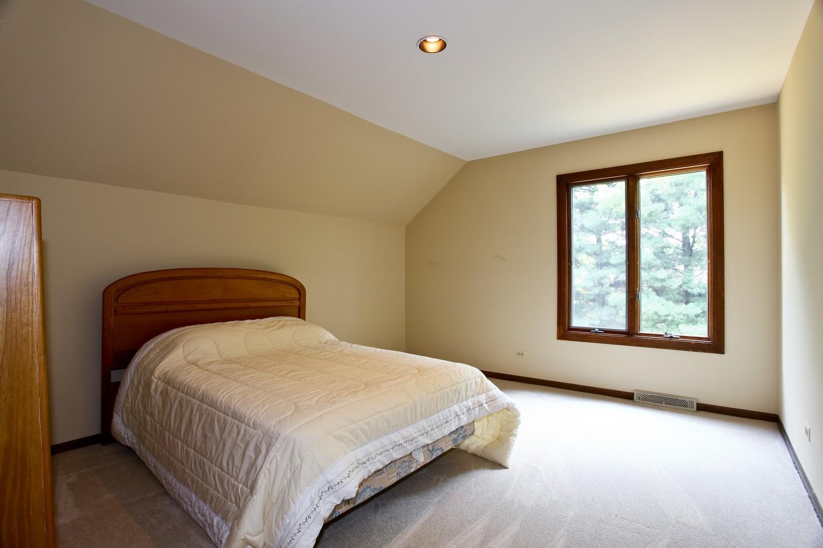 Real Estate Photography - 5N300 Sundance, Saint Charles, IL, 60175 - Bedroom