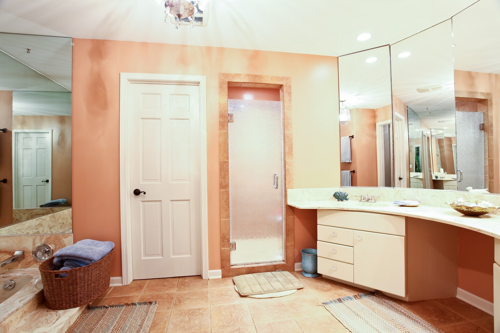 Real Estate Photography - 74 Highgate Ct, St. Charles, IL, 60174 - Master Bathroom