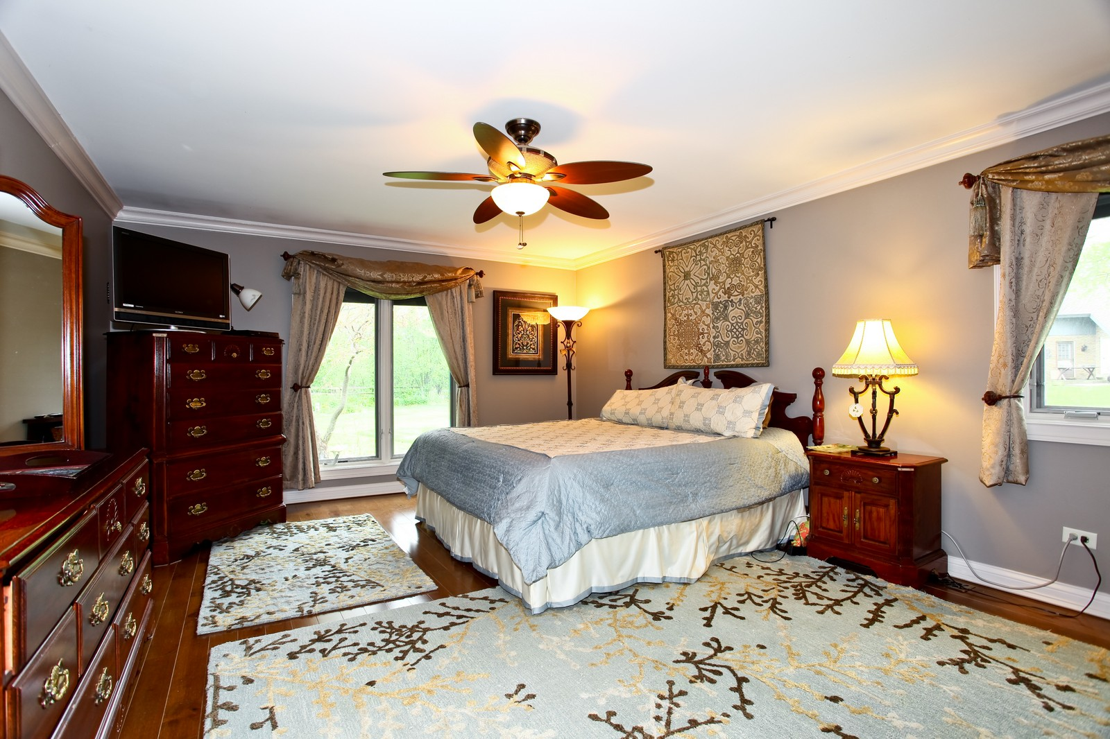 Real Estate Photography - 74 Highgate Ct, St. Charles, IL, 60174 - Master Bedroom
