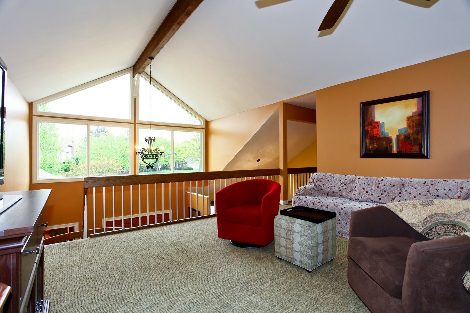 Real Estate Photography - 74 Highgate Ct, St. Charles, IL, 60174 - Loft