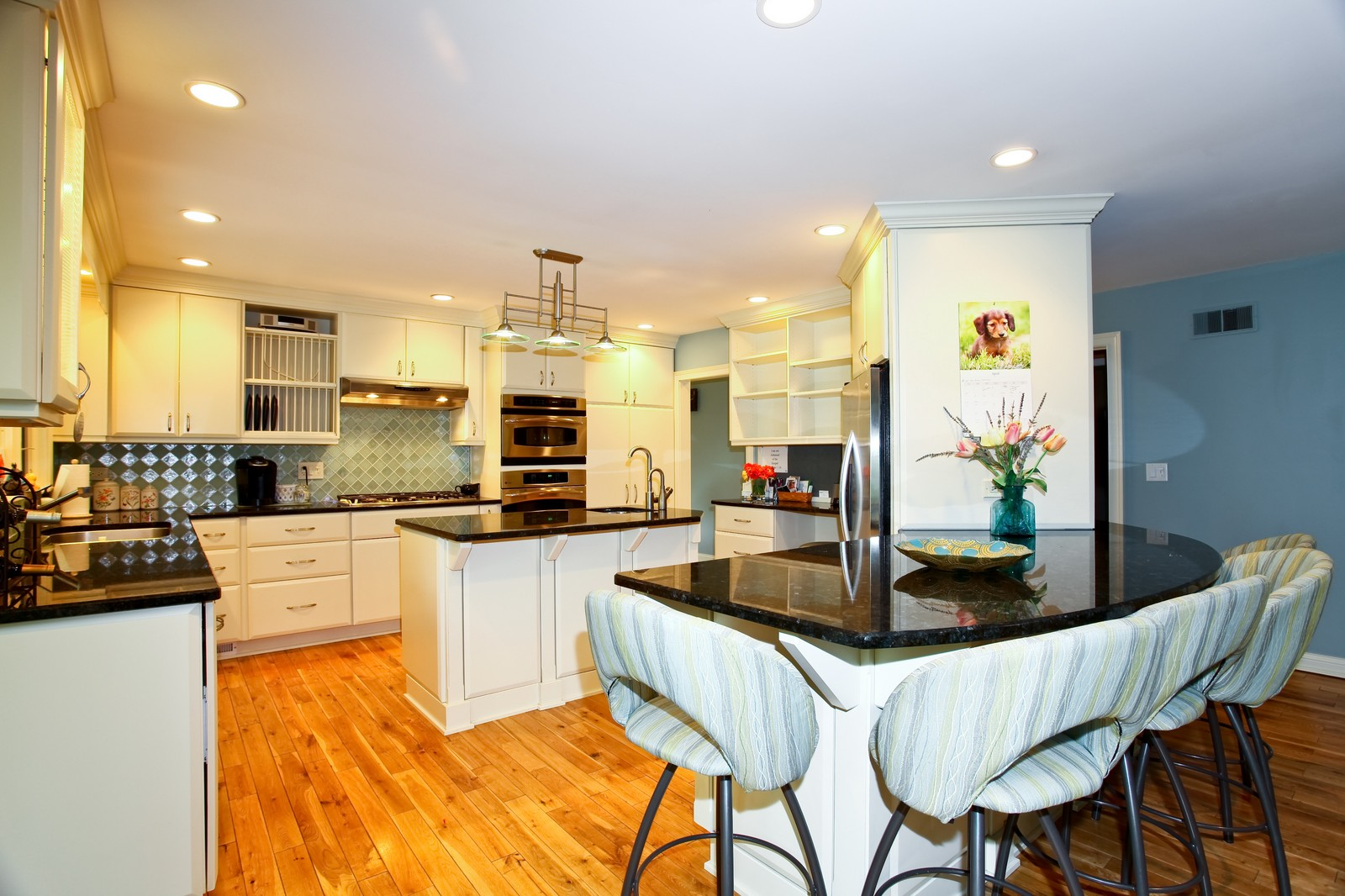 Real Estate Photography - 74 Highgate Ct, St. Charles, IL, 60174 - Kitchen