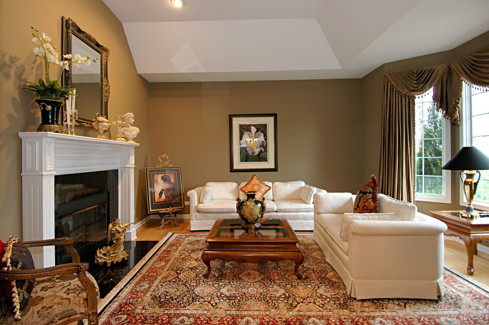 Real Estate Photography - 18N066 Carriage Way, Huntley, IL, 60142 - Living Room
