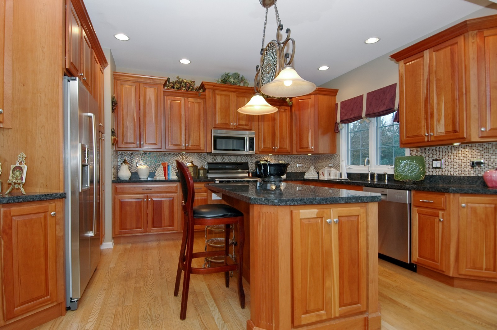 Real Estate Photography - 18N066 Carriage Way, Huntley, IL, 60142 - Kitchen