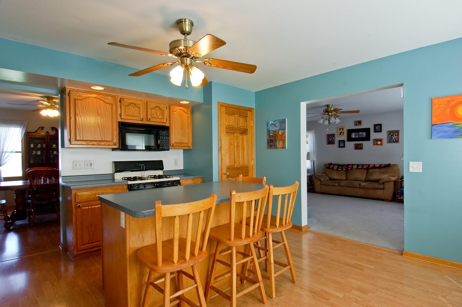 Real Estate Photography - 322 W Elian Ct, Maple Park, IL, 60151 - Kitchen
