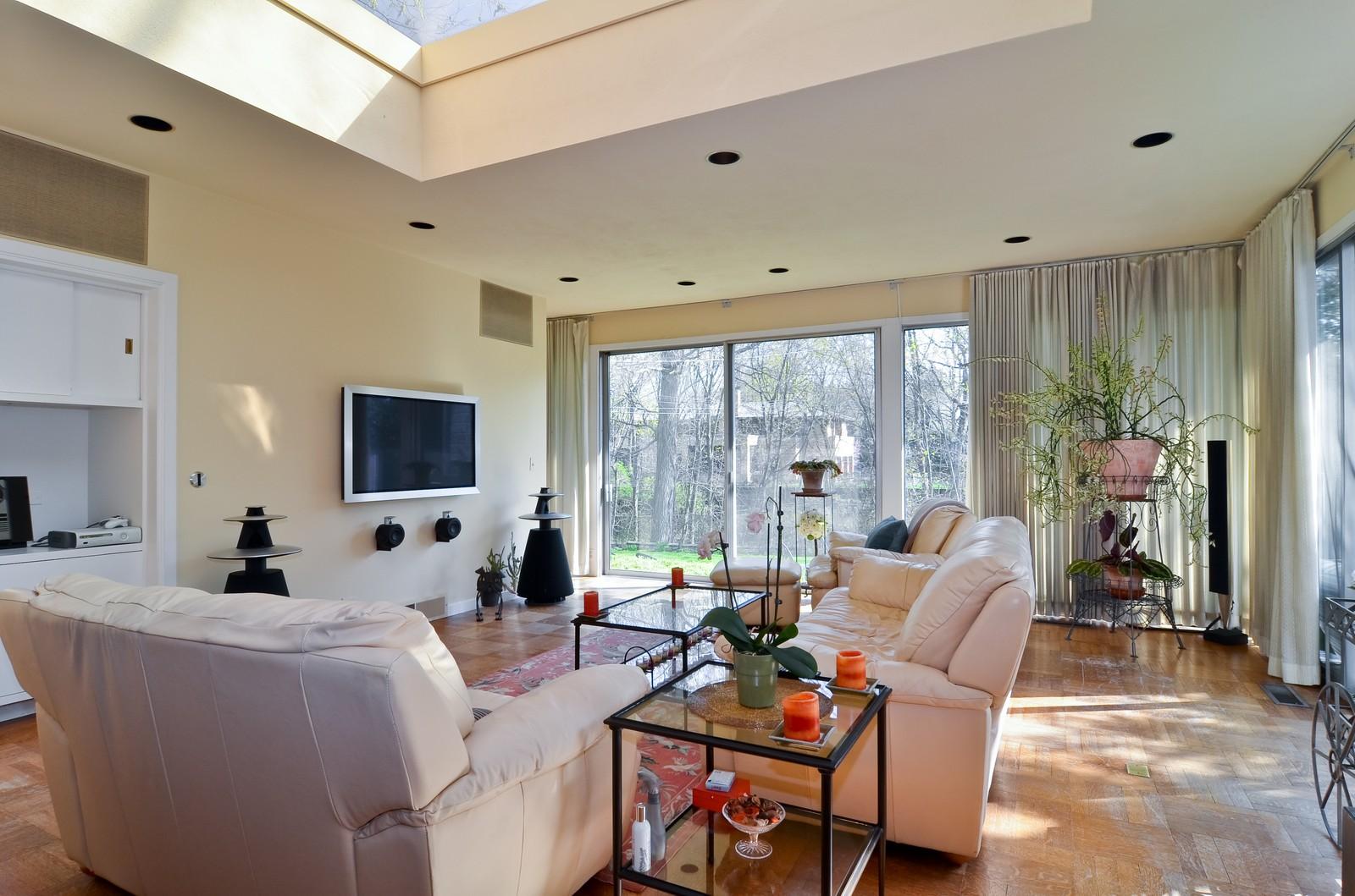 Real Estate Photography - 110 Crescent, Glencoe, IL, 60022 - Family Room