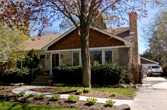 Front View photograph of 145 N Cedar St Palatine Illinois 60067