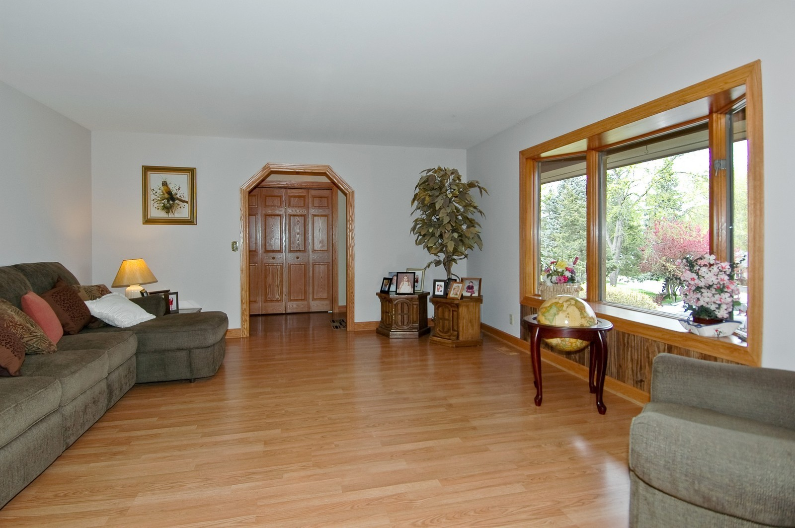 Real Estate Photography - 4409 Nancy, Crystal Lake, IL, 60014 - Living Room