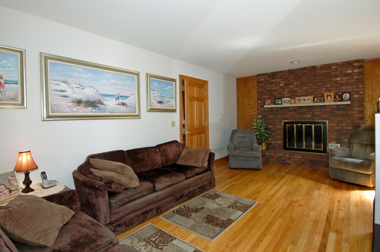 Real Estate Photography - 4409 Nancy, Crystal Lake, IL, 60014 - Family Room
