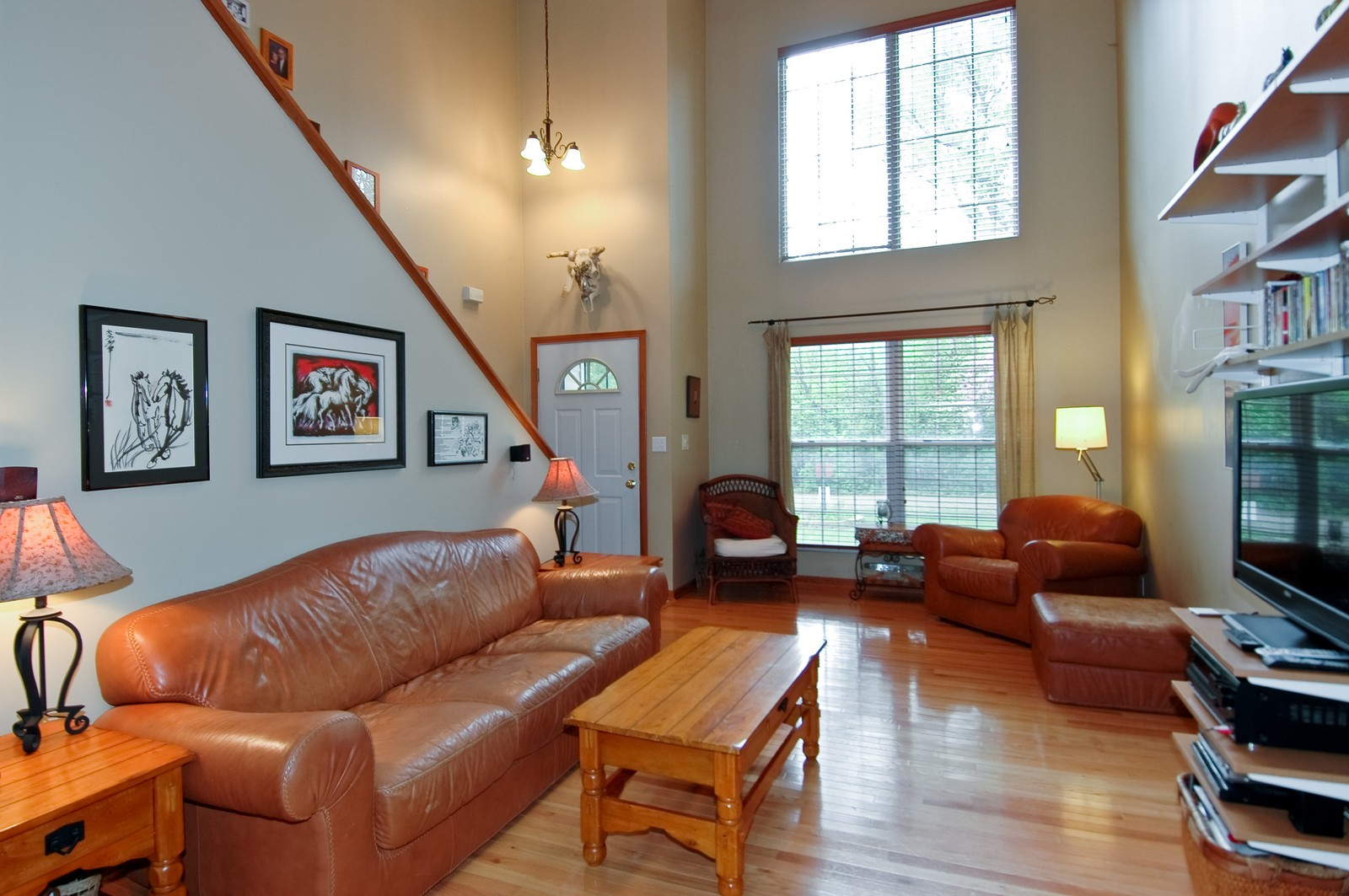 Real Estate Photography - 10315 Wilmette, Algonquin, IL, 60102 - Living Room