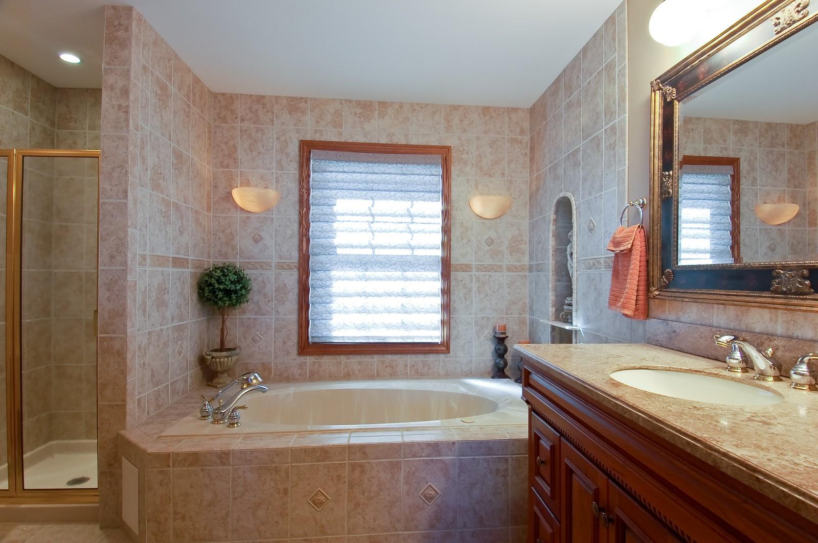Real Estate Photography - 27W371 Churchill, Winfield, IL, 60190 - Master Bathroom