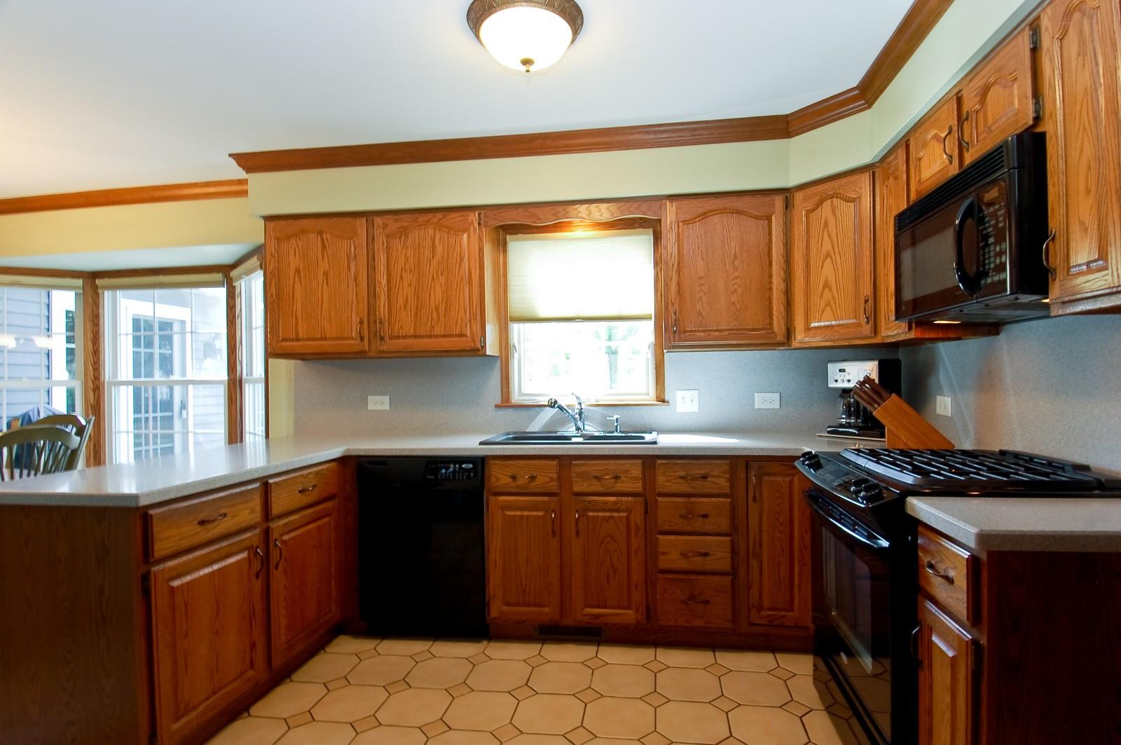 Real Estate Photography - 27W371 Churchill, Winfield, IL, 60190 - Kitchen