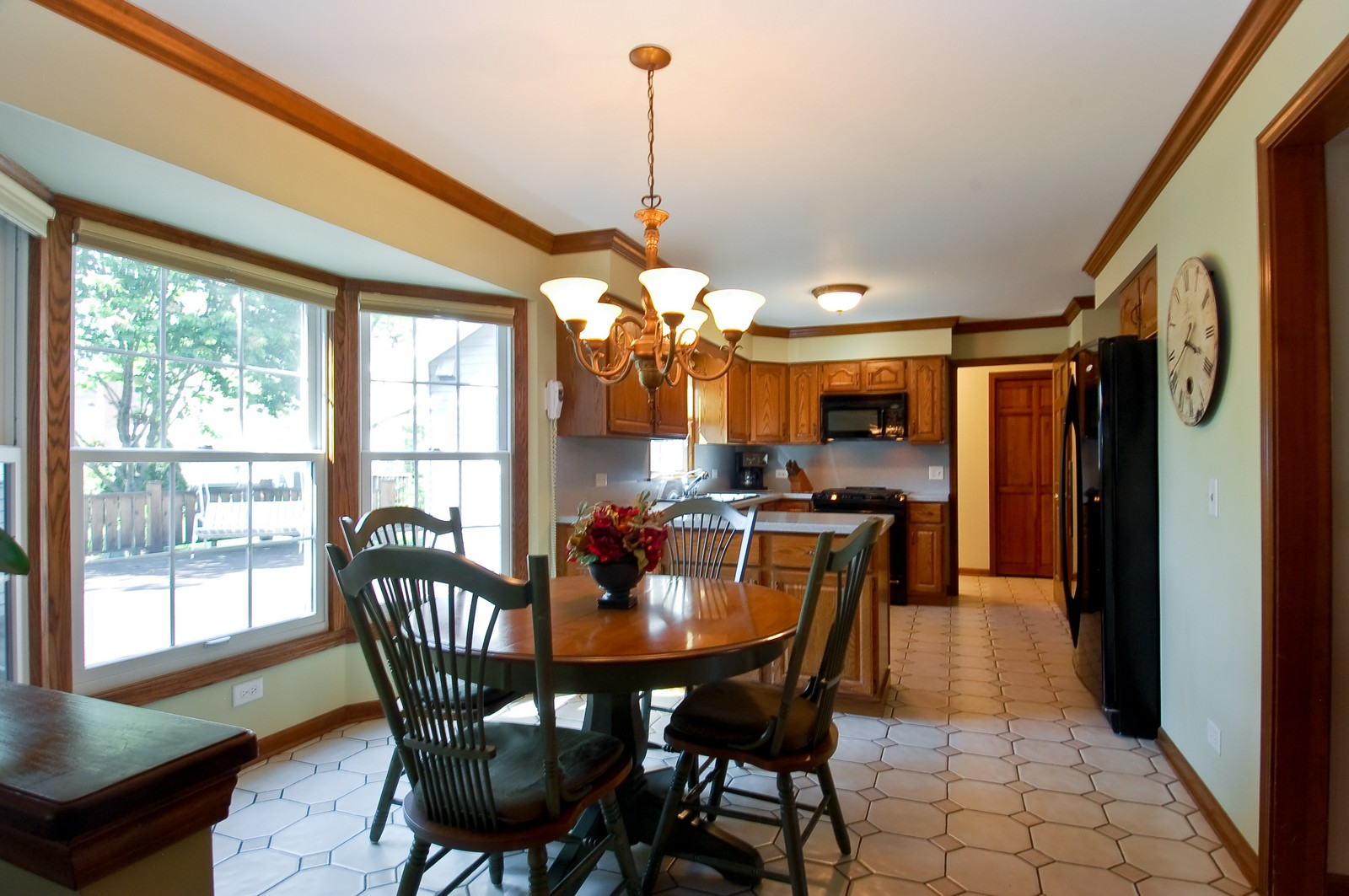 Real Estate Photography - 27W371 Churchill, Winfield, IL, 60190 - Breakfast Nook