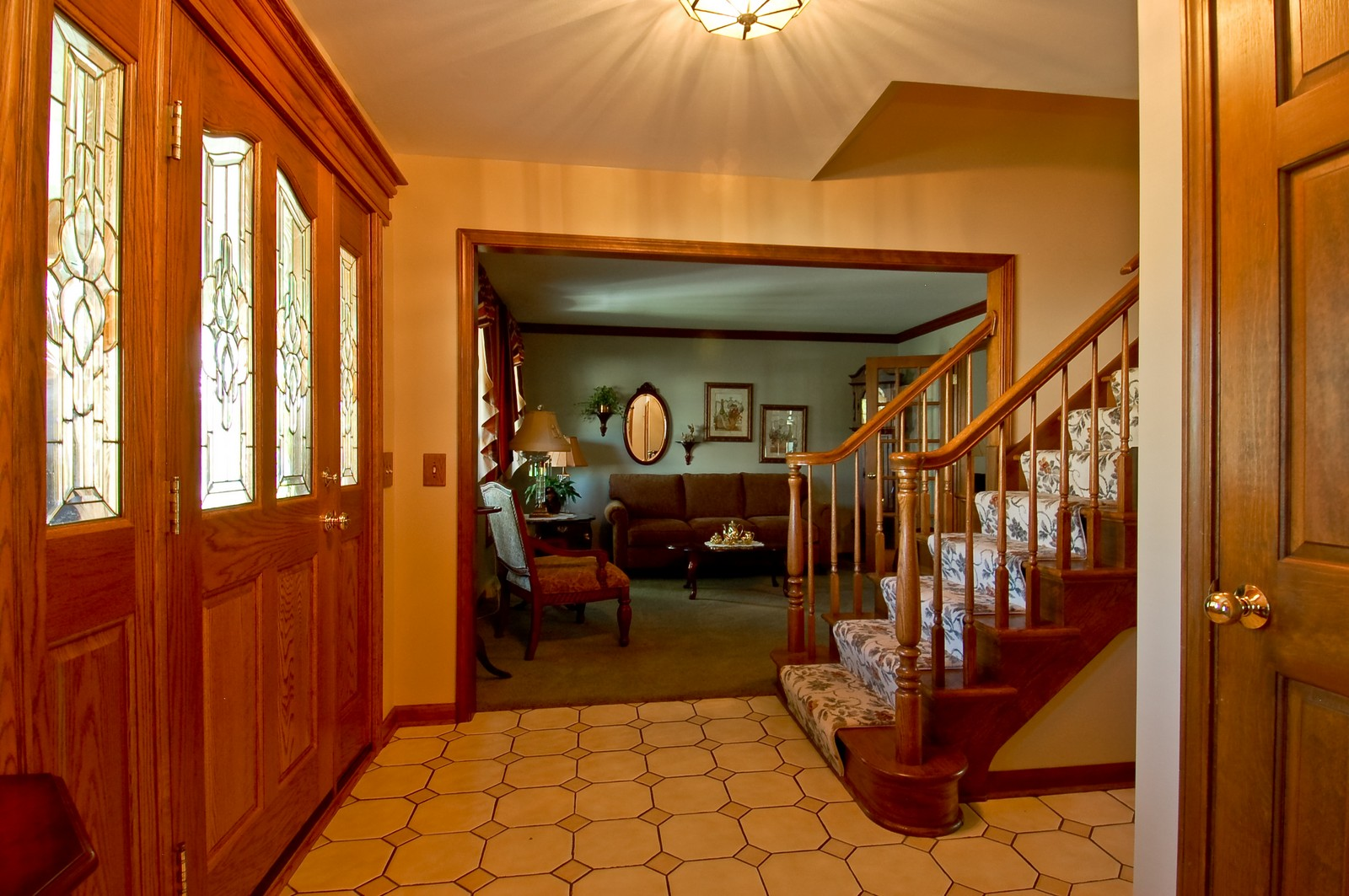 Real Estate Photography - 27W371 Churchill, Winfield, IL, 60190 - Entryway