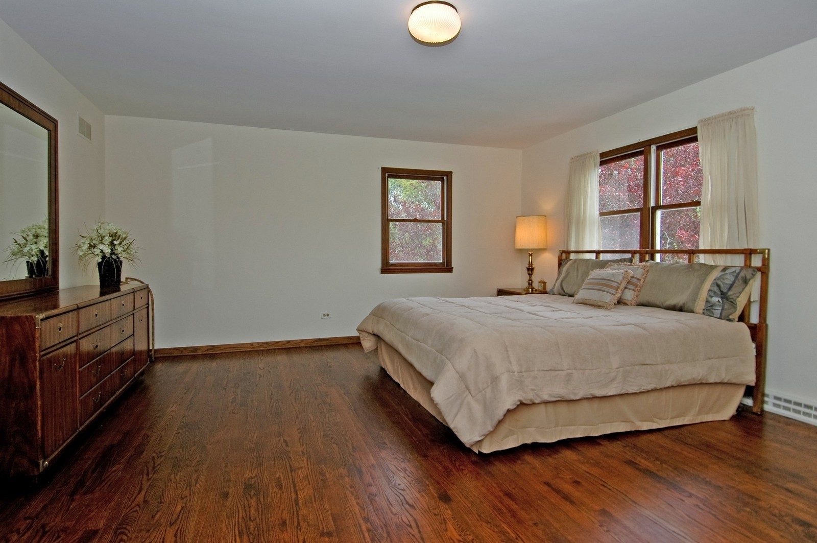 Real Estate Photography - 240 Steeplechase, Barrington Hills, IL, 60010 - Master Bedroom