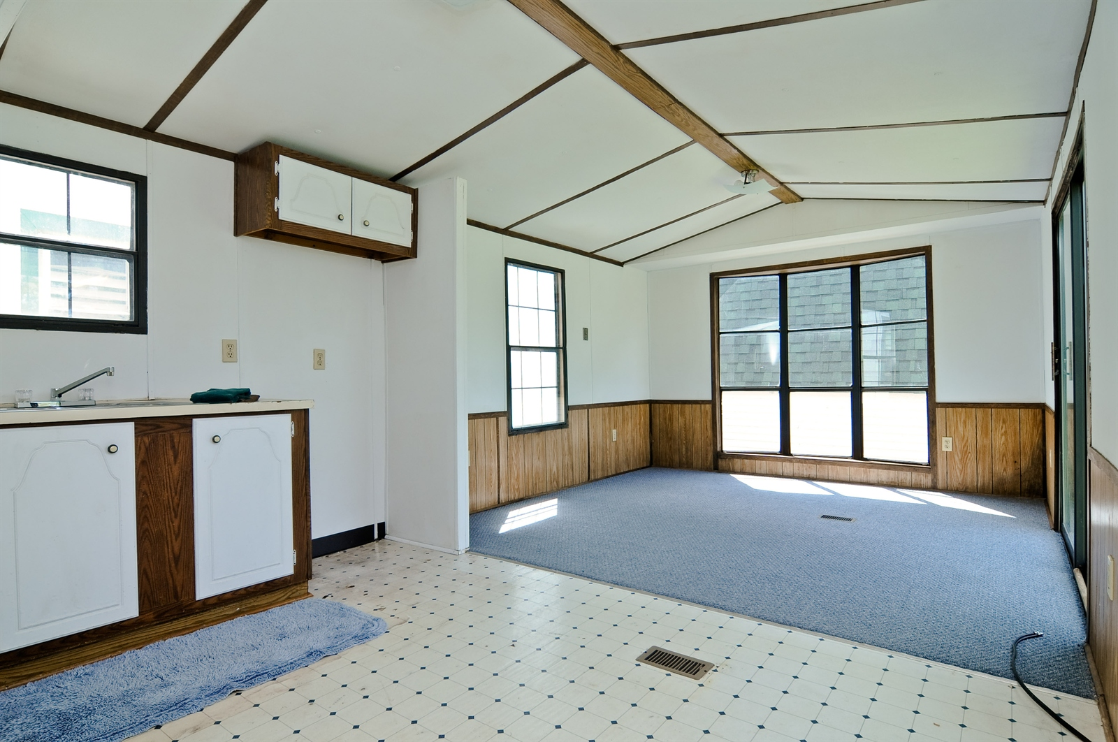 Real Estate Photography - 1321 Old Bay, Johnsburg, IL, 60051 - Location 9