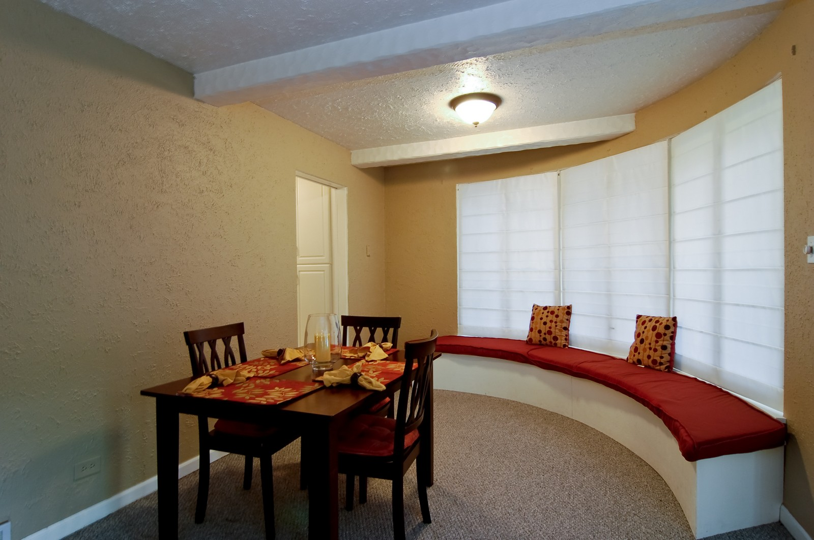 Real Estate Photography - 1040 S Columbine St, Lombard, IL, 60148 - Dining Room