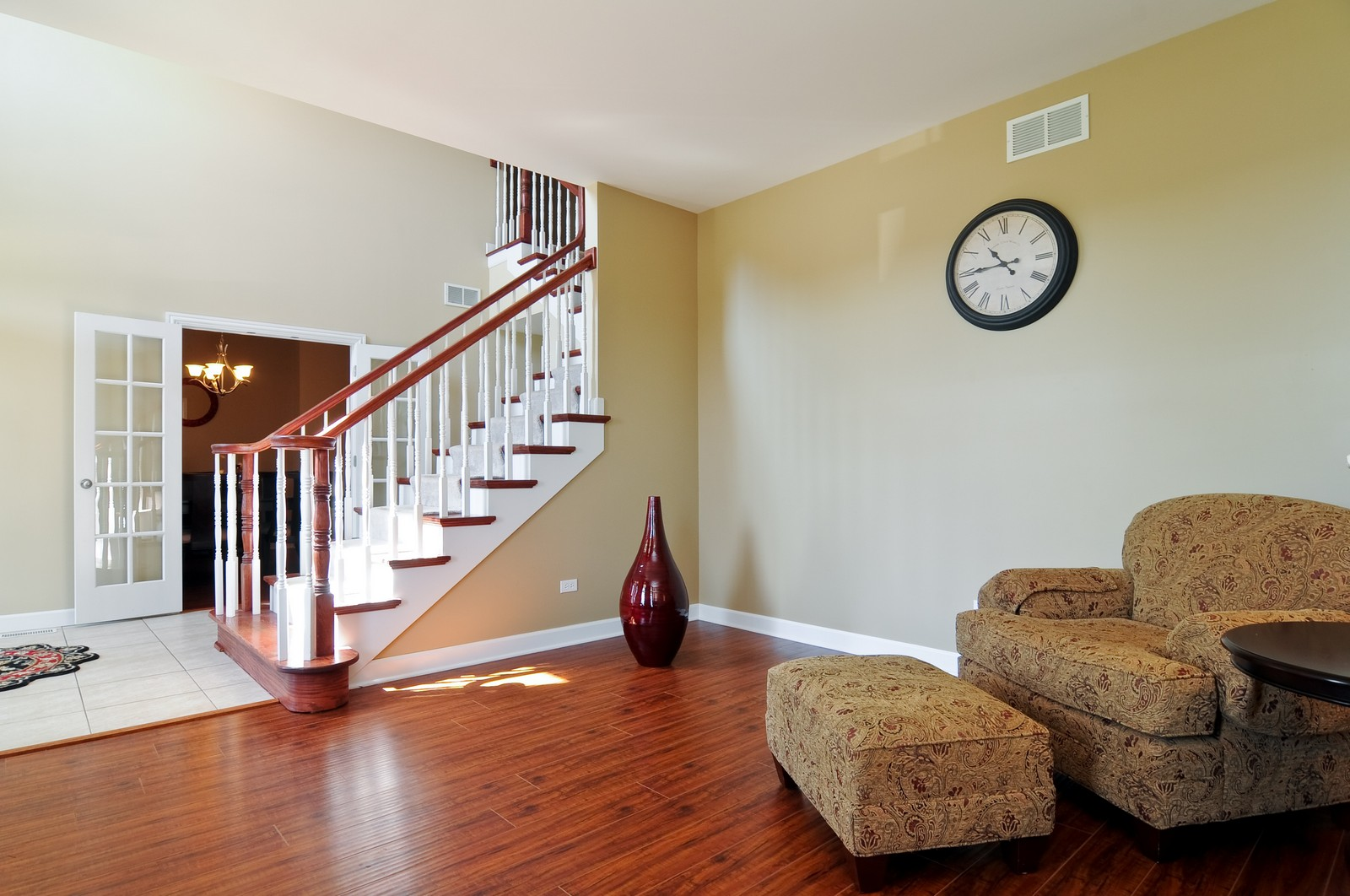 Real Estate Photography - 324 Fossland, Winthrop Harbor, IL, 60096 - Living Room