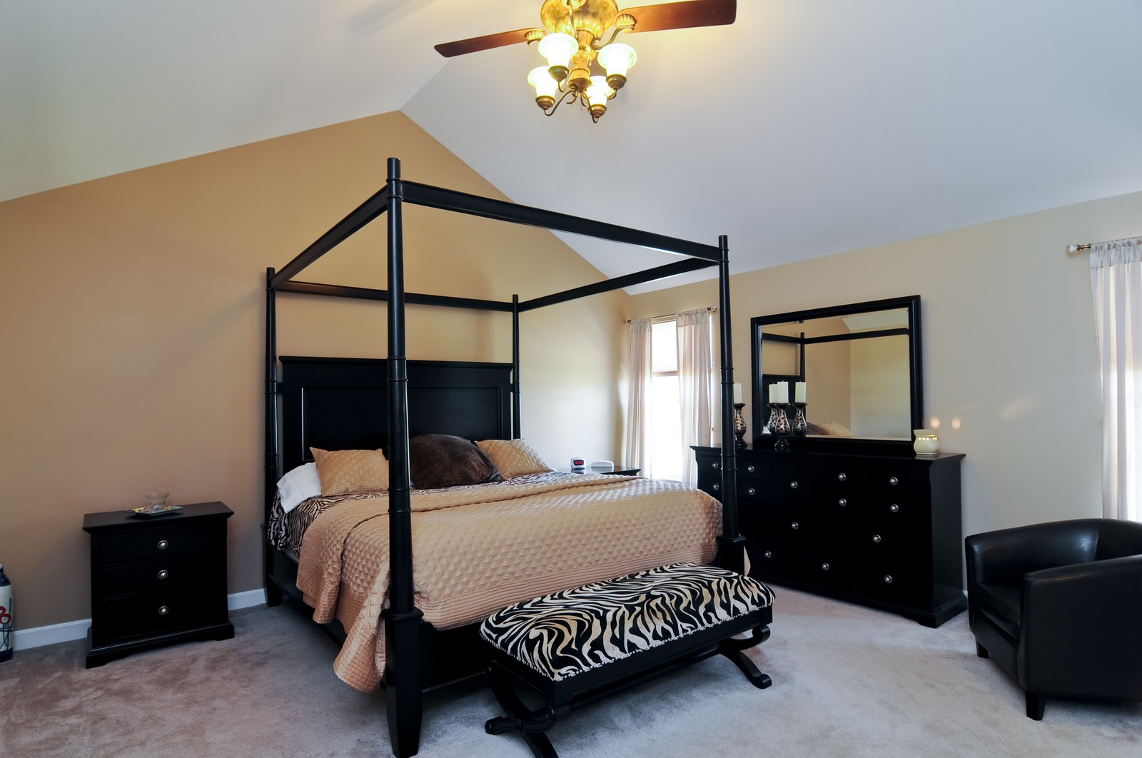Real Estate Photography - 324 Fossland, Winthrop Harbor, IL, 60096 - Master Bedroom
