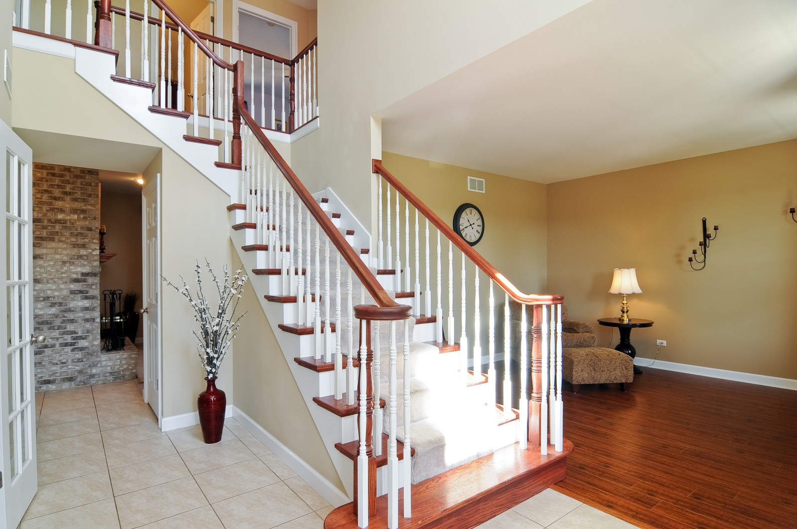 Real Estate Photography - 324 Fossland, Winthrop Harbor, IL, 60096 - Foyer