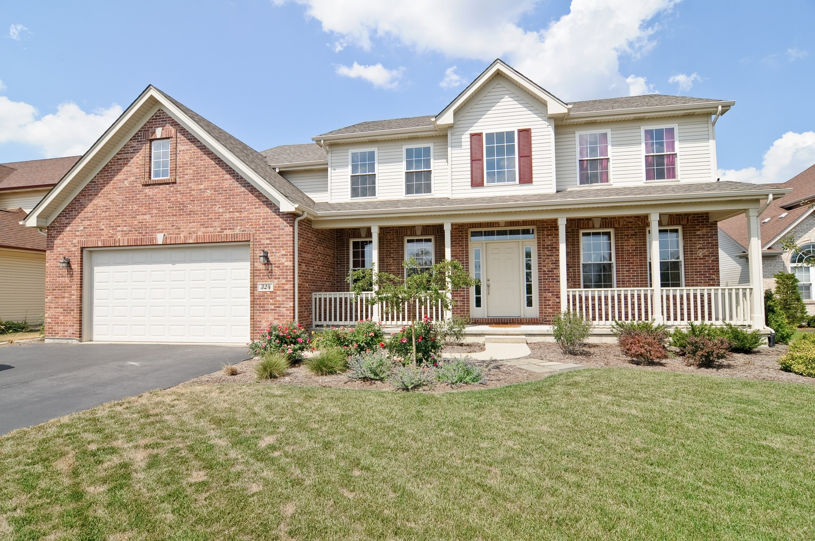 Real Estate Photography - 324 Fossland, Winthrop Harbor, IL, 60096 - Front View