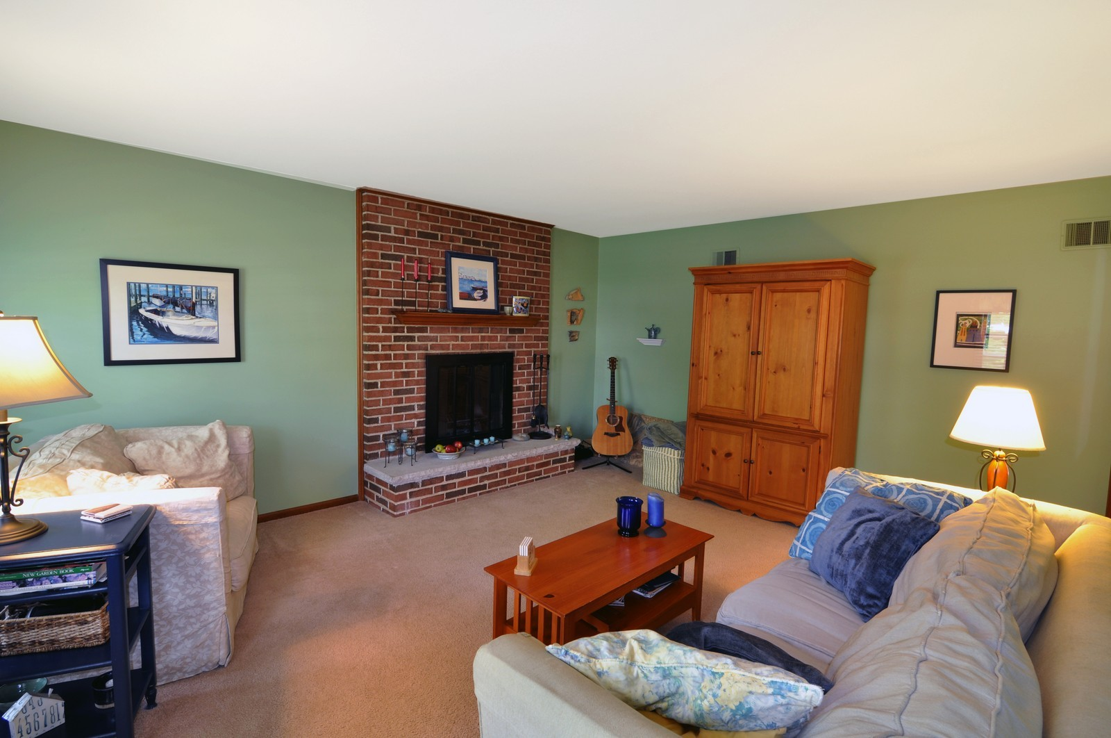 Real Estate Photography - 1523 Allen, St Charles, IL, 60174 - Family Room