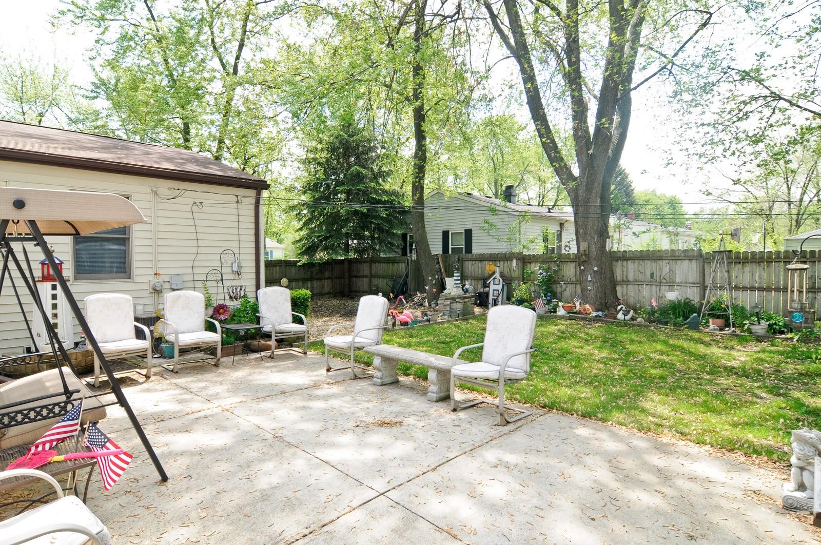 Real Estate Photography - 2125 222nd, Sauk Village, IL, 60411 - Patio