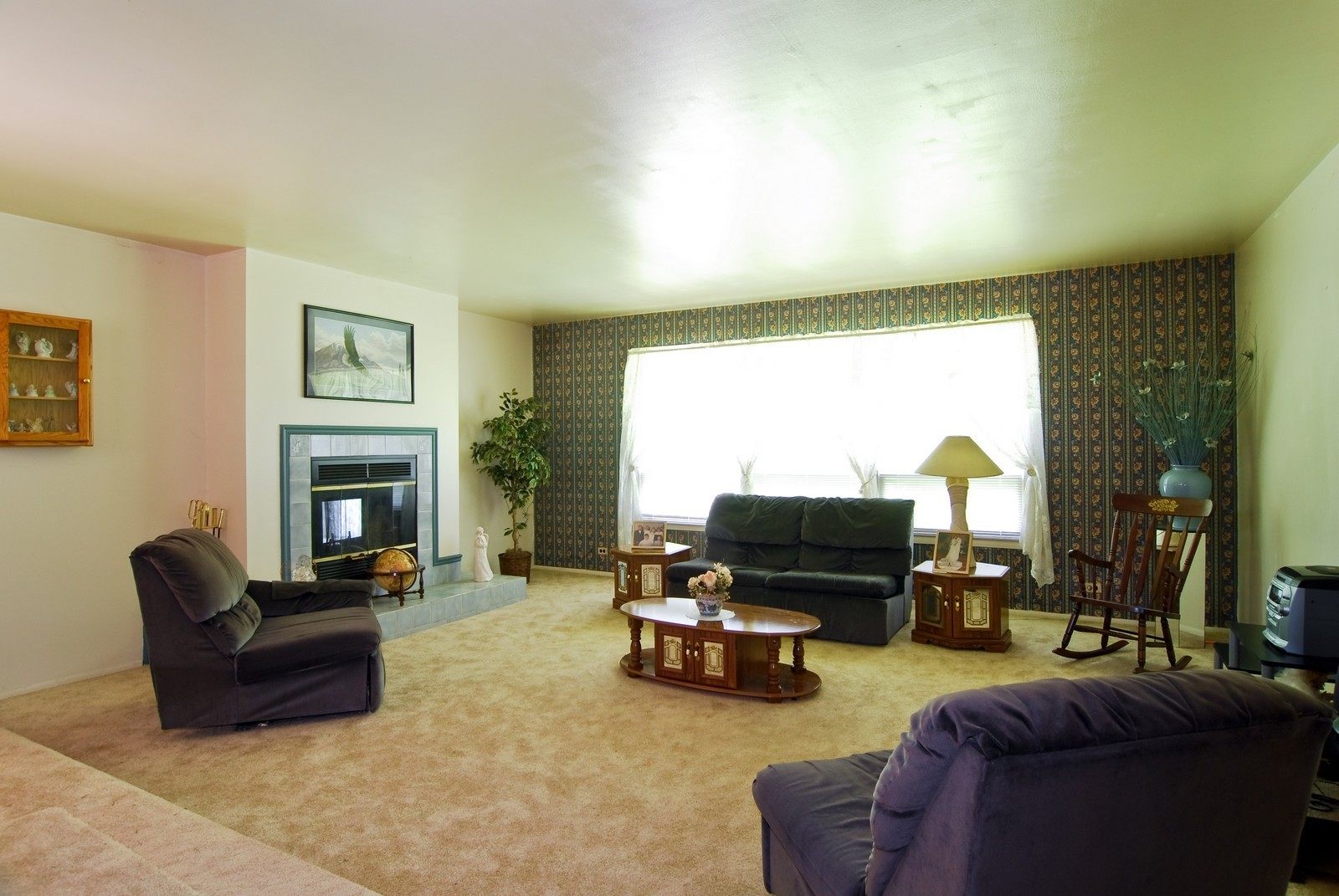 Real Estate Photography - 373 Sioux, Carol Stream, IL, 60188 - Living Room
