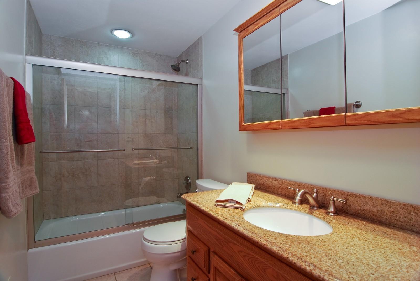 Real Estate Photography - 373 Sioux, Carol Stream, IL, 60188 - Bathroom