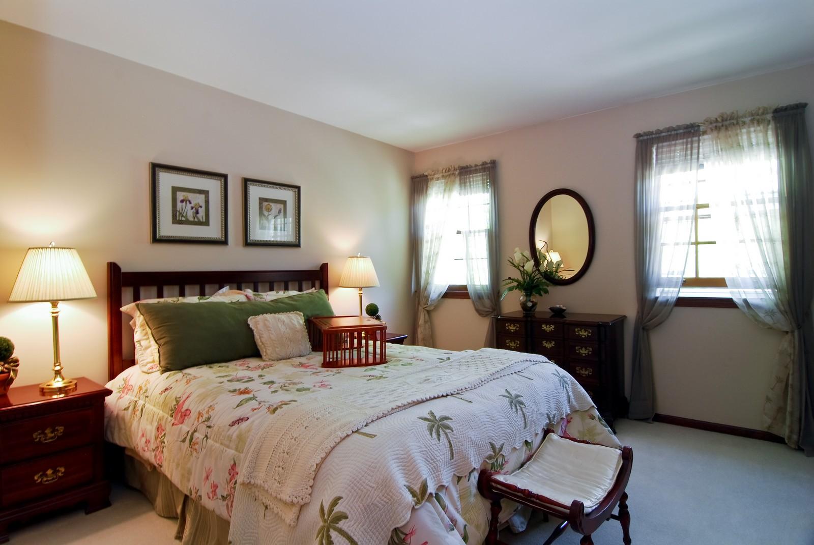 Real Estate Photography - 75 Newton, Glen Ellyn, IL, 60137 - Bedroom