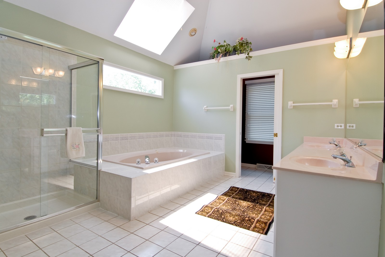 Real Estate Photography - 917 Jeffrey, St Charles, IL, 60174 - Master Bathroom