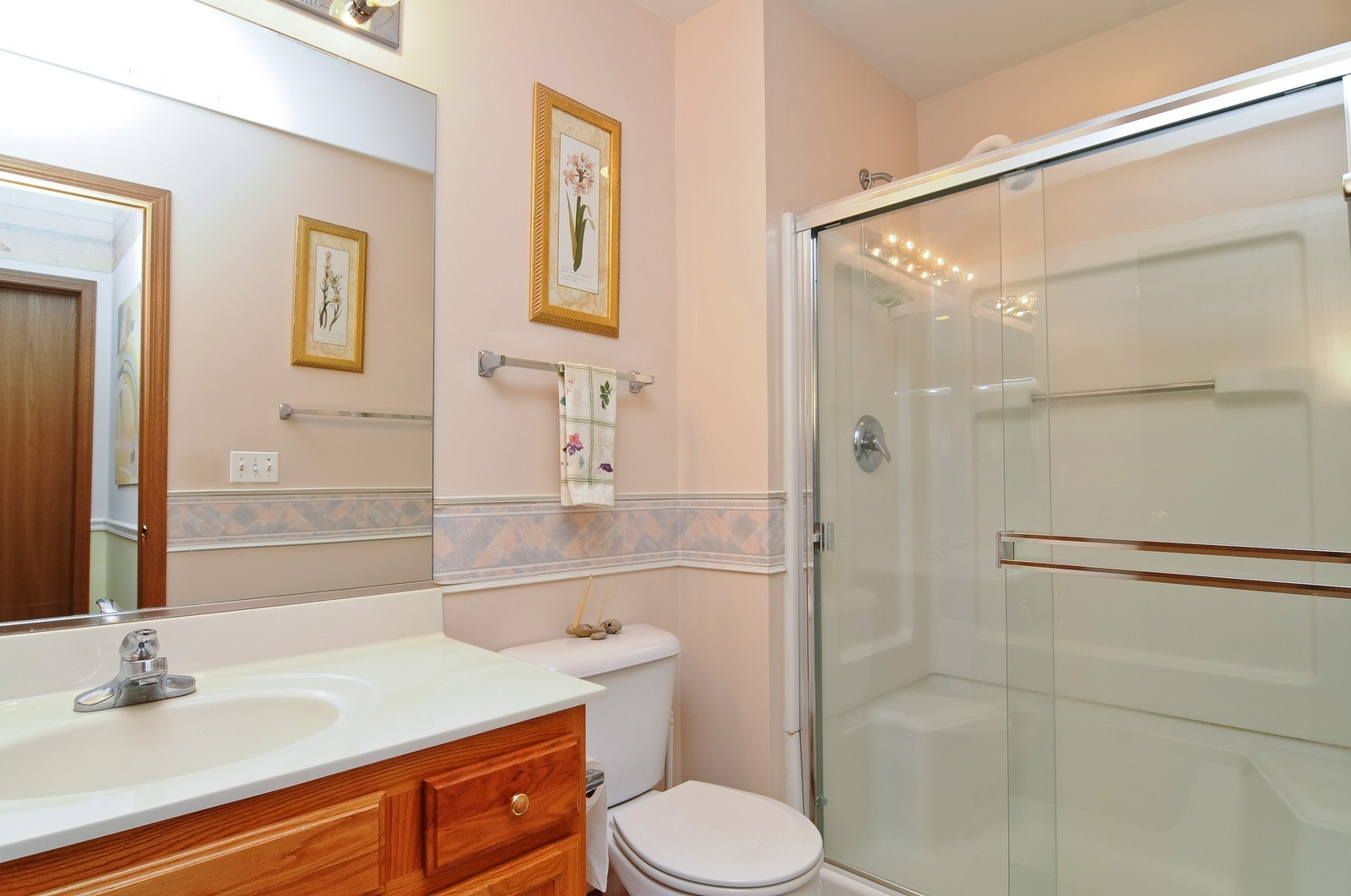 Real Estate Photography - 727 Sycamore, Lindenhurst, IL, 60046 - Bathroom