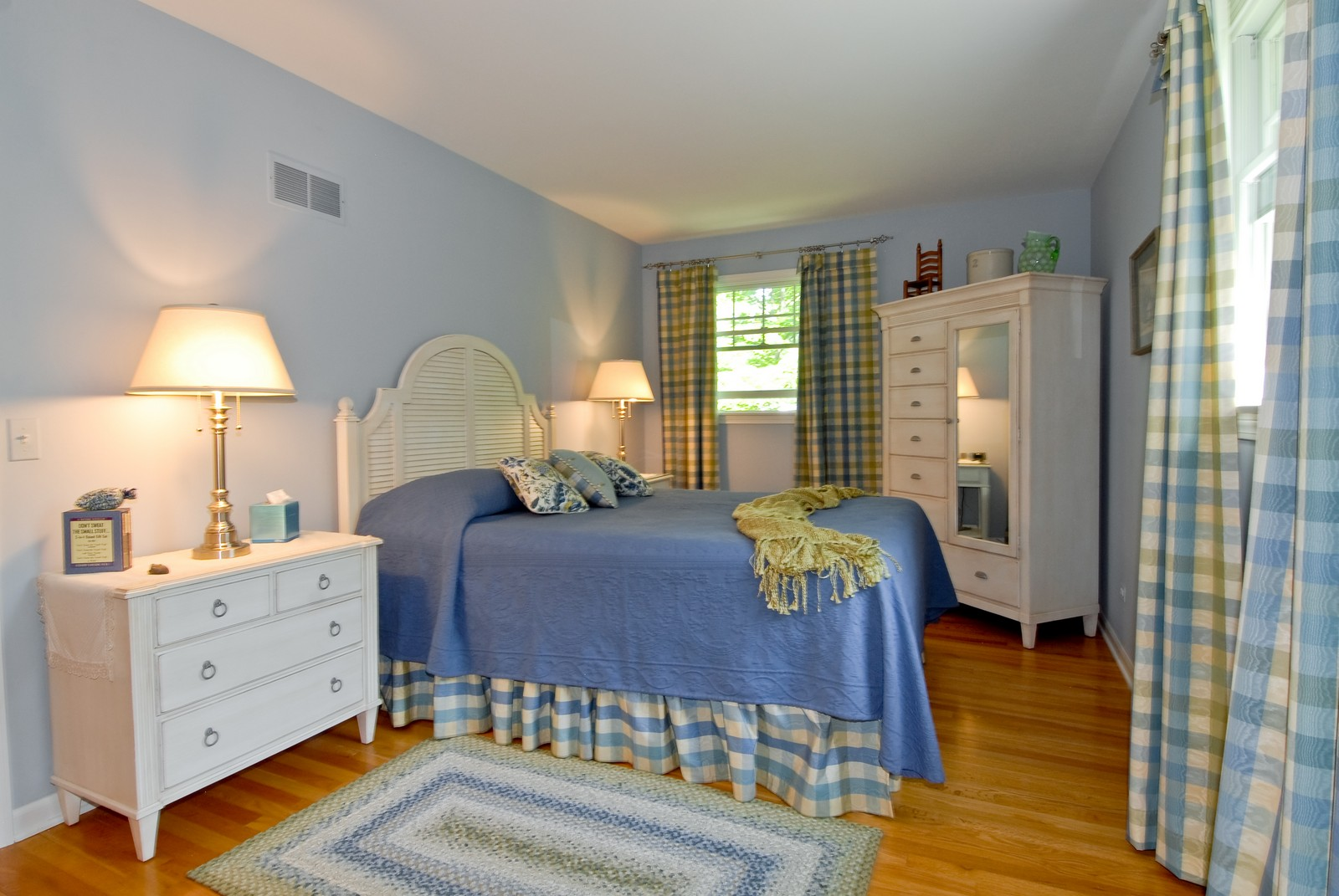 Real Estate Photography - 4N035 Thornapple Rd, St Charles, IL, 60174 - 2nd Bedroom