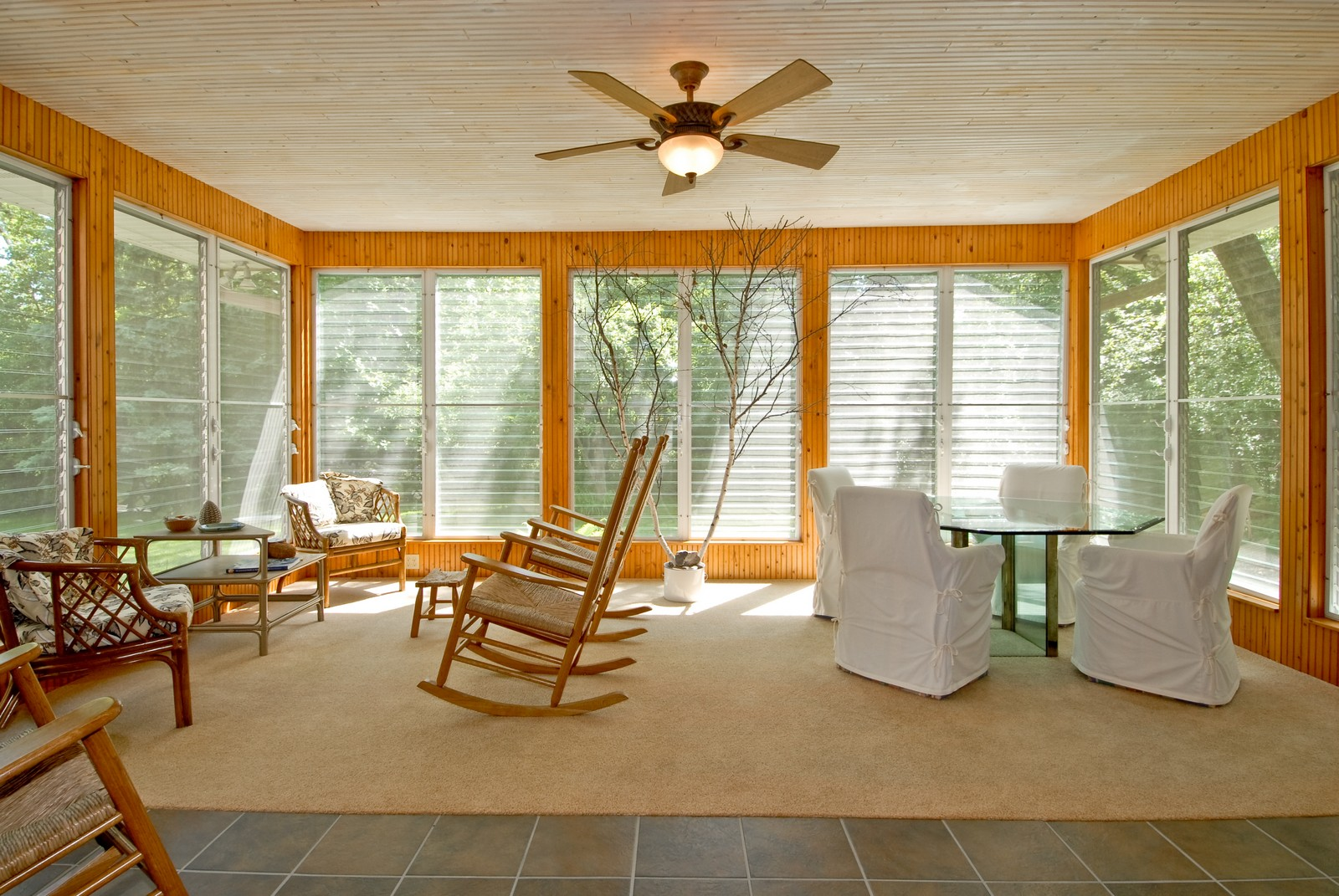 Real Estate Photography - 4N035 Thornapple Rd, St Charles, IL, 60174 - Sun Room