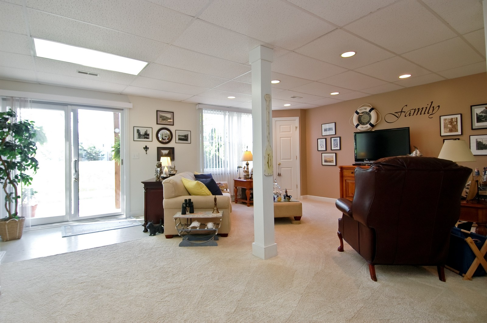 Real Estate Photography - 8337 Raptor, Lakewood, IL, 60014 - Lower Level
