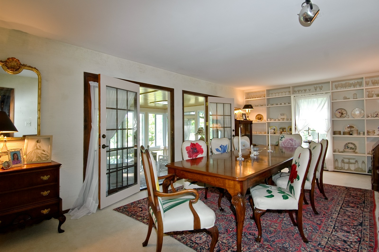 Real Estate Photography - 222 River, Cary, IL, 60013 - Dining Room